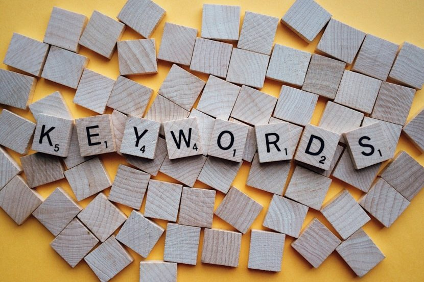 Réferencement site web mots clés